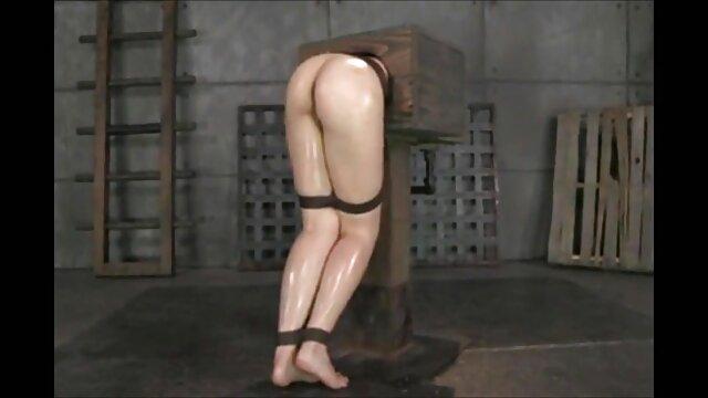 सेक्सी श्यामला डिक बेकार है, एक मालिश सत्र के दौरान खुद को गड़बड़ कर दिया और उसके मुंह में सह इंग्लिश फिल्म मूवी सेक्सी हो जाता है