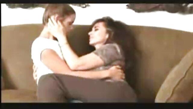 प्यारा इंग्लिश फिल्म फुल सेक्सी कुतिया हस्तमैथुन