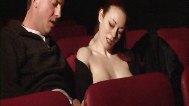 18 साल की उम्र में पॉट bellied दोस्त द्वारा इंग्लिश सेक्सी फिल्म फुल गड़बड़