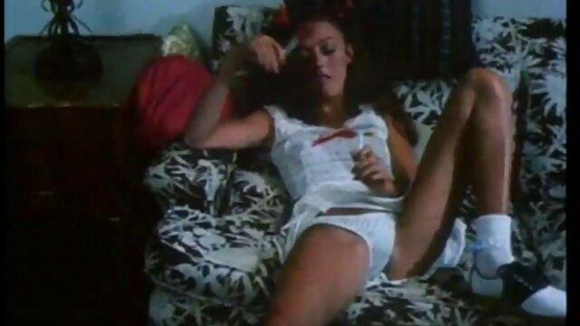मिल्ला के साथ सेक्सी मूवी वीडियो इंग्लिश एक झूला में इरोटिका