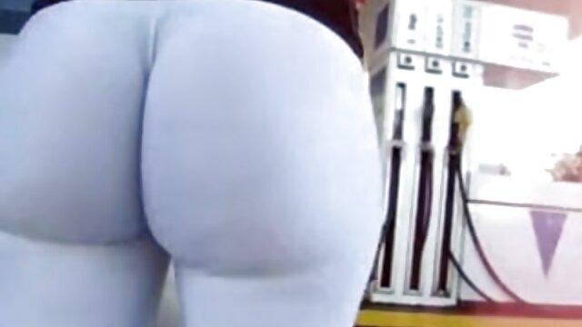 रेडहेड चिक सारा अनासिस बिना कपड़ों के खड़ी हिंदी सेक्सी मूवी इंग्लिश हो जाती है