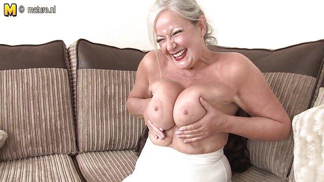 दाना इंग्लिश मूवी वीडियो में सेक्सी