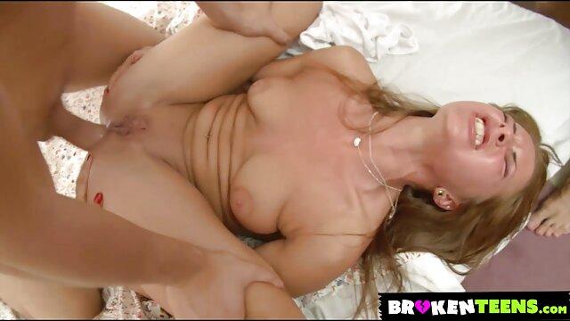 सुनहरी बालों इंग्लिश सेक्सी वीडियो मूवी वाली वेश्या की उँगलियाँ